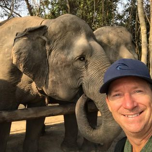 Travel in Asia podcast: Animal experiences in Asia - Trevor and Elephants